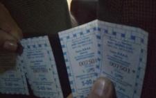У Чернівцях водій маршрутки видавав пасажирам квитки за проїзд з однаковими номерами (фото)