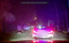 У Чернівцях п'яний водій намагався втекти від поліції, а потім заявив, що він не за кермом (відео)