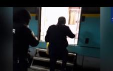 У Чернівцях патрульні допомогли чоловікові, який блукав