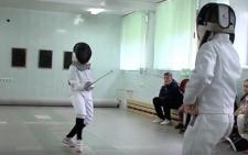 У Чернівцях дітей безкоштовно навчають фехтуванню (відео)
