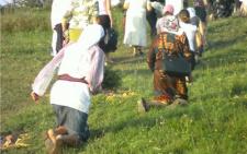 Буковинці навколішки йтимуть на священну гору до монастиря Святої Анни